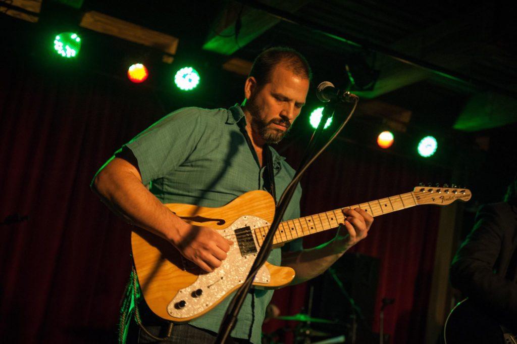 Joshua Carns, Derek Woods Band